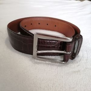 Ralph Lauren genuine leather belt.